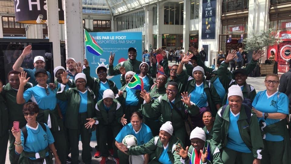 hospitalité des supporters de l'afrique du sud lors de la Coupe du monde féminine de la FIFA  FRANCE 2019, en gare de lyon